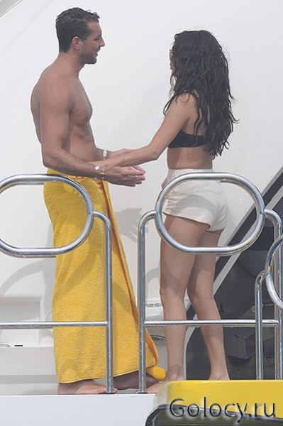 Selena Gomez увела парня у Джессики Зор